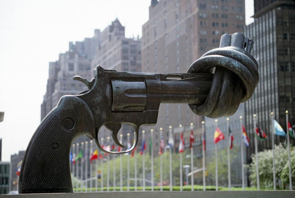 karl fredrik reutersward, nonviolence
